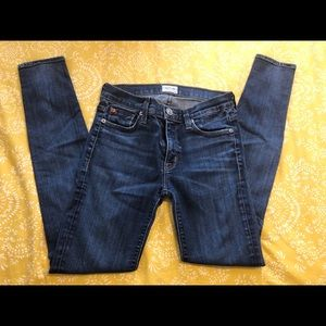 Woman's Hudson skinny jeans size 25